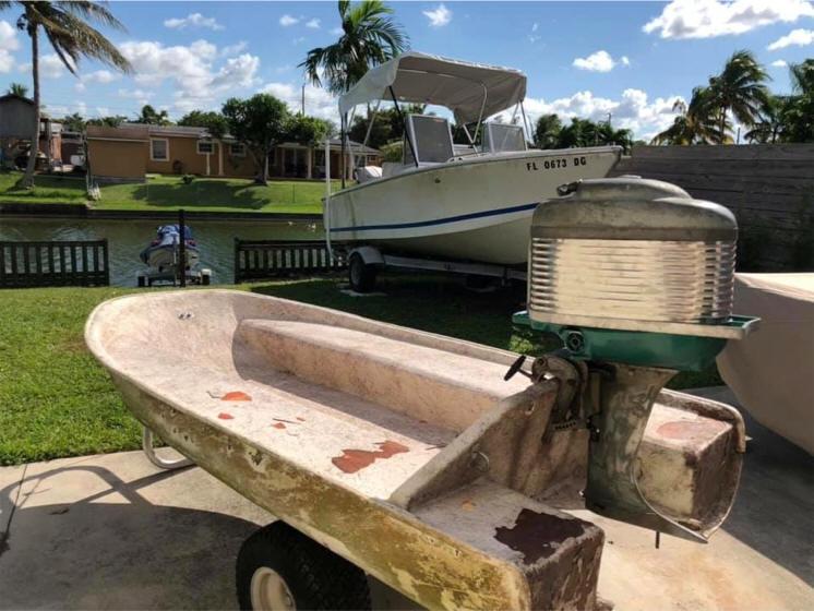 Creekrat's Fabulous Flyin' Fliver Boats